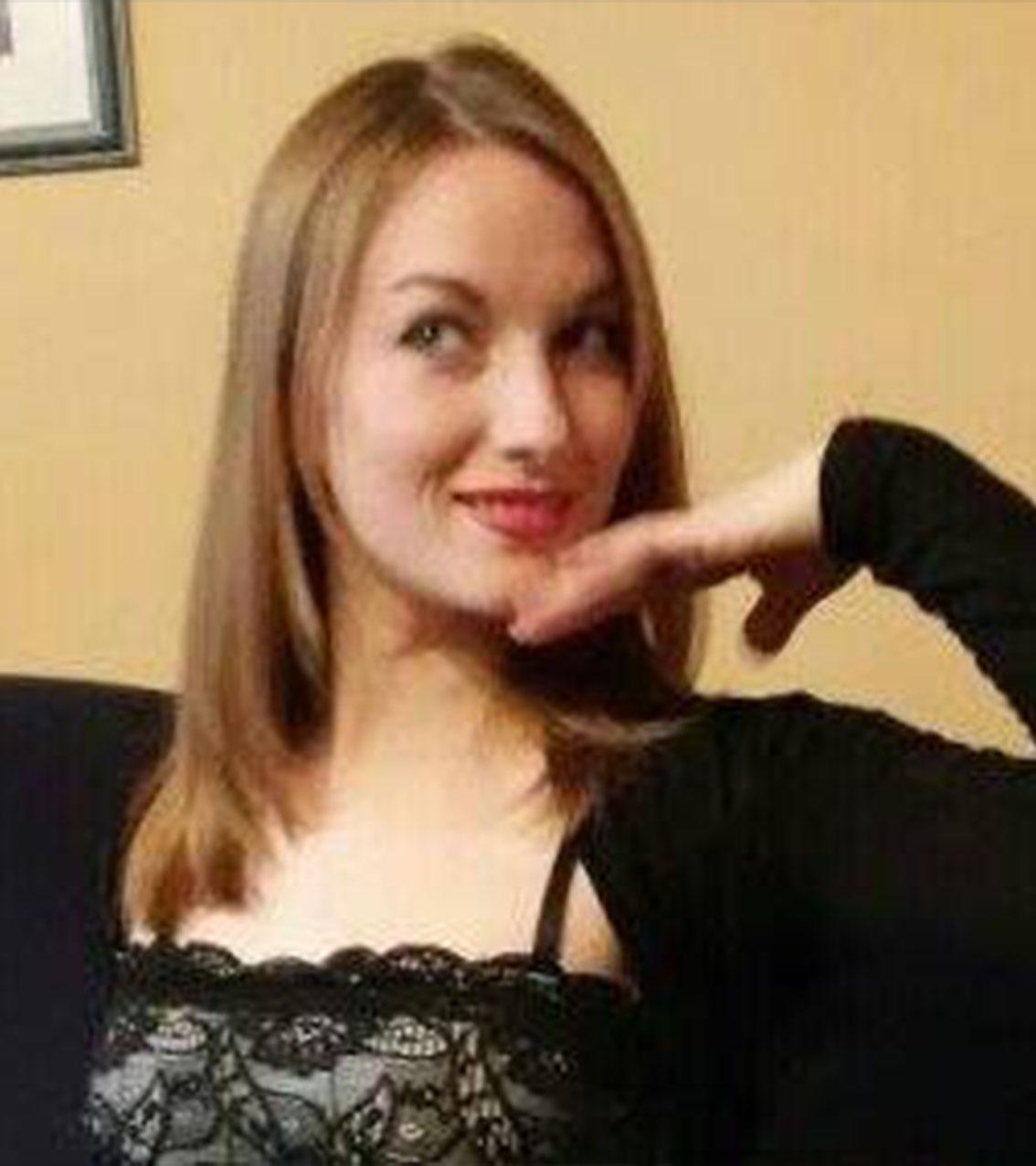 Prof de danse & fitness, Julie
